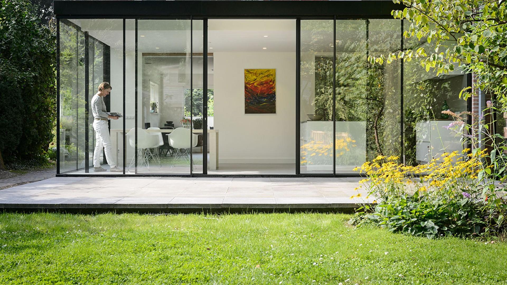 Doors Uitbouw Keuken : Glazen uitbouw met keuken groen schild wonen